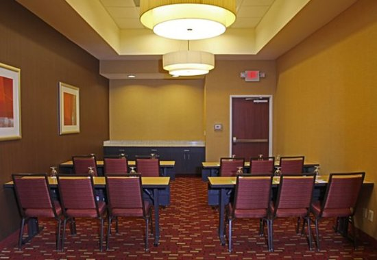 Killeen, TX: Stryker Meeting Room