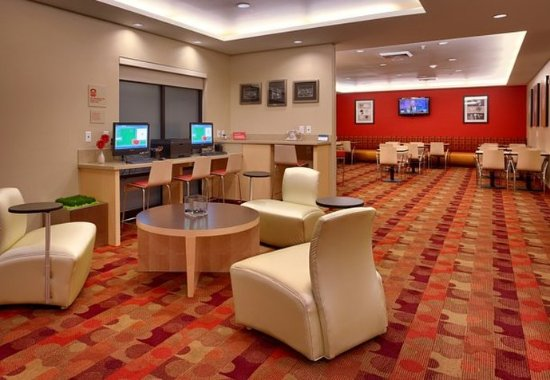 Vernal, UT: Lobby Lounge & Business Center