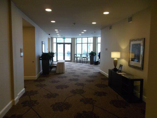 Stony Brook, NY: Foyer