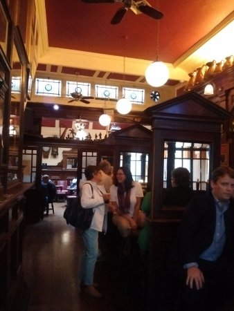 The Palace : Main part of pub
