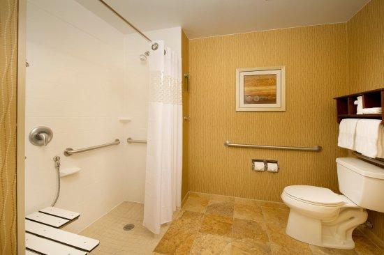 Haverhill, MA: bath