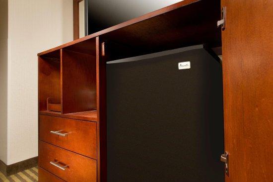 Haverhill, ماساتشوستس: Guest Room Refrigerator