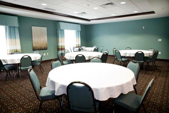 Triadelphia, Virginie-Occidentale : Meeting Area