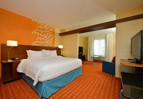 Horseheads, NY: King Suite