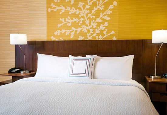 Tustin, Californië: Guest Room Bedding Details