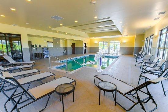 DeKalb, IL: Pool