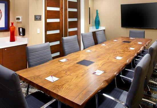 Secaucus, NJ: Boardroom