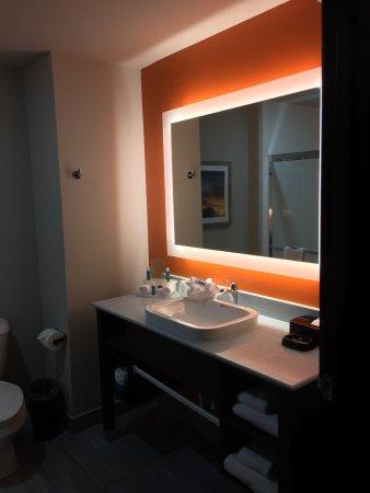 Holiday Inn Express Hotel & Suites Oklahoma City Southeast - I-35: photo2.jpg