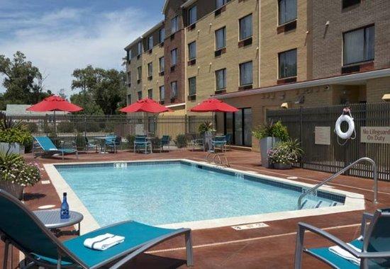 Garden City, Κάνσας: Outdoor Pool