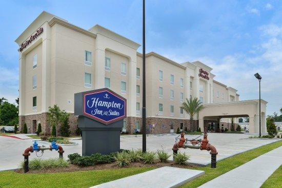 Hampton Inn & Suites Harvey/New Orleans West Bank: Exterior