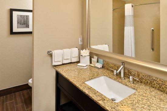 Harvey, LA: Bathroom