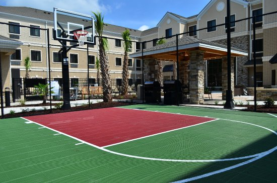 Jacksonville, NC: Sports Court