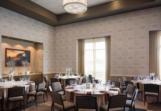 Irvine, CA: Portola Springs Ballroom - Banquet Setup