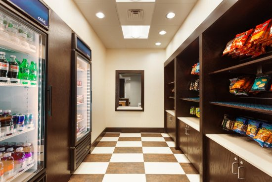 Кэмп-Спрингс, Мэриленд: Suite Shop