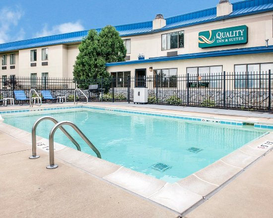 Quality Inn & Suites Indianapolis West - Brownsburg : Pool