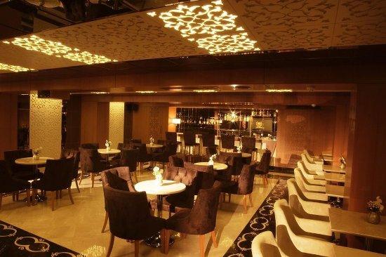 Darkhill Hotel: Dark_Hill_Hotel_Lounge_Bar