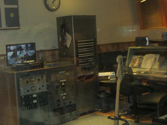 RCA Studio B: sound system