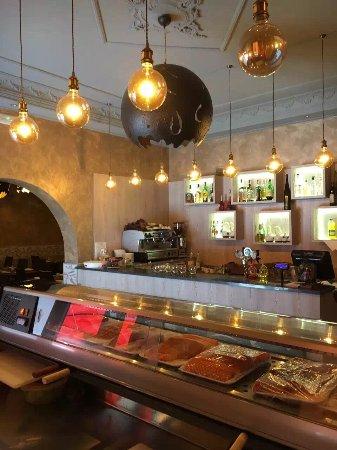 Роццано, Италия: Nuova design del ristorante