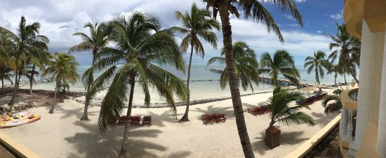Pelican Reef Villas Resort: view from our beach front villla
