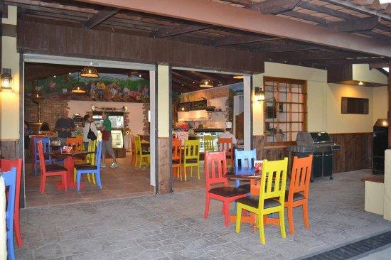 Santiago de Puriscal, Costa Rica: Outside view