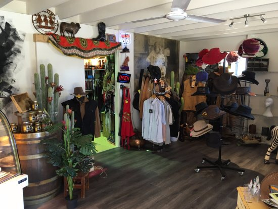 Imbil, Australia: Shop attached for gifts and momentos