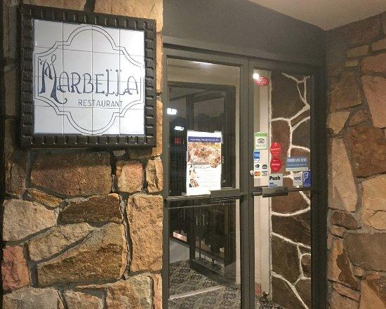 Bayside, Nova York: Marabella Restaurant Entrance