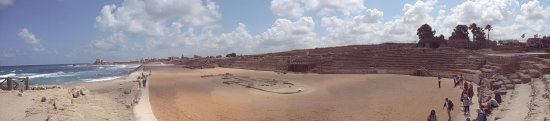 Cesarea, Israel: chariot race stands