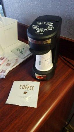 London, Kentucky: Coffee makers in each room