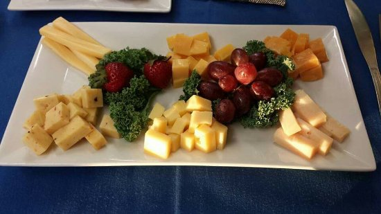 West Cape May, NJ: An INCREDIBLE EXPERIENCE! Alicia was an AMAZING HOST! If you LOVE cheese or just like it this is