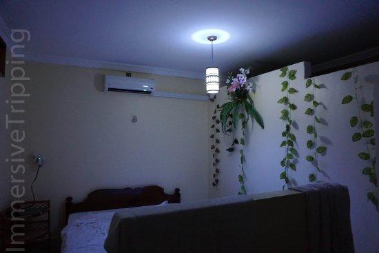 Battambang My Homestay: Insufficient lighting.