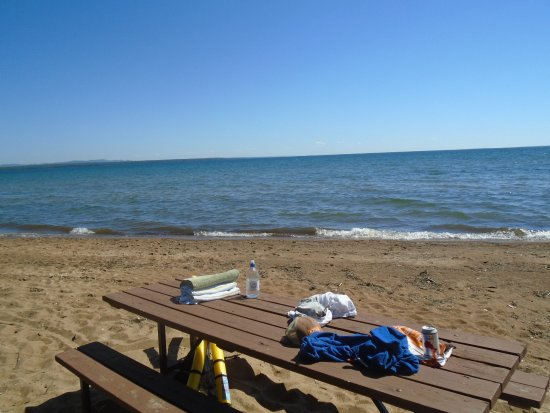 Batchawana Bay, Canada: Picnic table