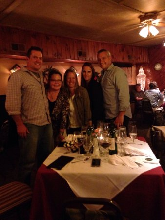 Sodus Point, estado de Nueva York: Come enjoy all that Baystreet has to offer. Great food, great drinks and fabulous friends.