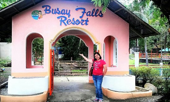 Busay Falls is now open thru the efforts of Mayor Maria Fe Galapon-Rondina.