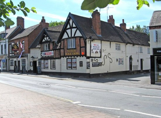Bromsgrove, UK: Ye old black cross