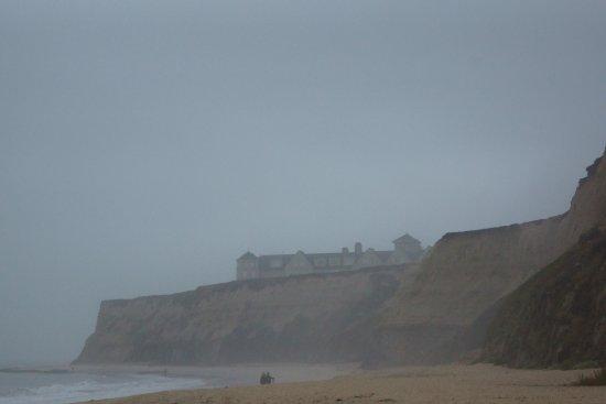 The Ritz-Carlton, Half Moon Bay: Ritz - Half Moon Bay - view from the beach.