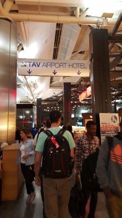 TAV Airport Hotel: 20160923_050359_large.jpg