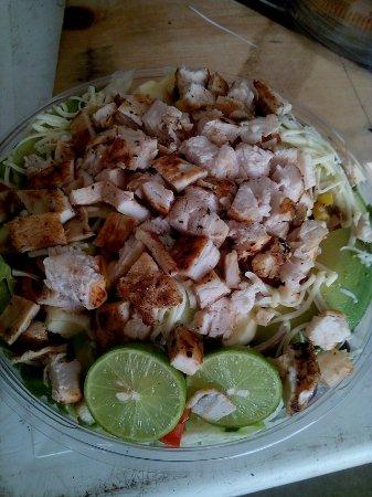 El Toro Ensaladas & Sandwich