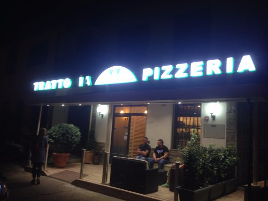 Scandicci, Italia: Главный вход