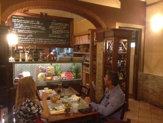 Scandicci, Italia: Проход на кухню