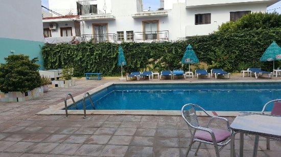 Hostal Valencia : 20160918_110311_large.jpg