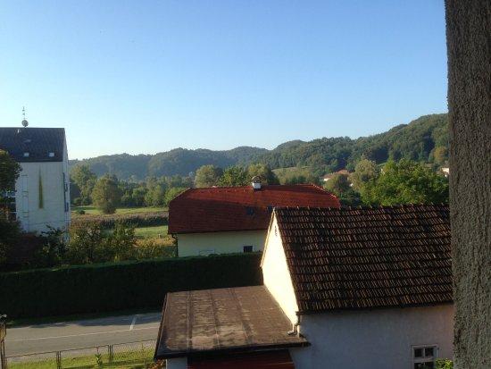 Krapinske Toplice, Hırvatistan: Blick aus dem Fenster