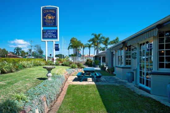 Raymond Terrace, Australia: garden