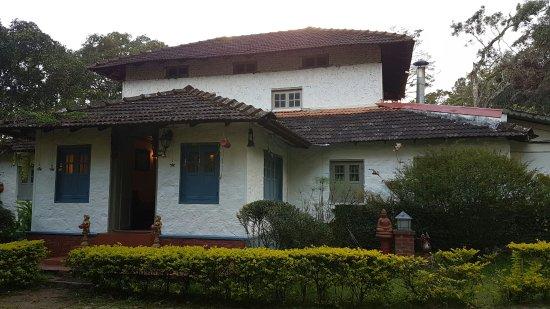 Ambady Estate: 20160922_175343_large.jpg