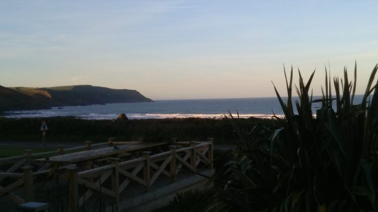 Widemouth Bay, UK: View from front bedroom and lounge