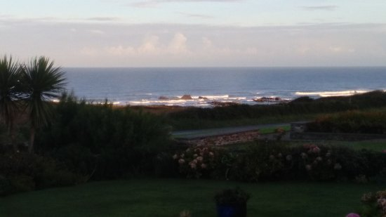 Widemouth Bay, UK: View from Kitchen