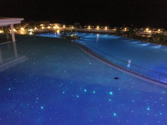 Лахания, Греция: Pool at night