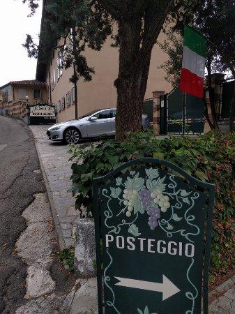 Montegrosso d'Asti, إيطاليا: IMG_20160923_094757_large.jpg