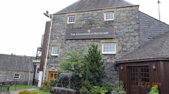 Dufftown, UK: Glenfiddich Distillery