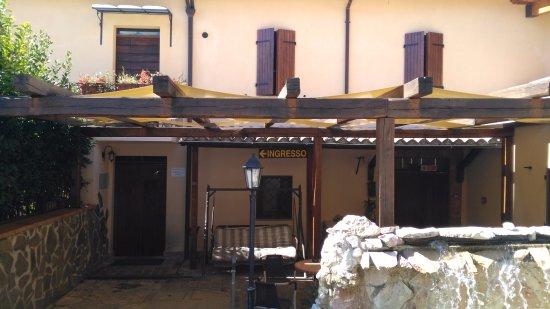 Albergo Ristorante Dei Pini: ingresso1