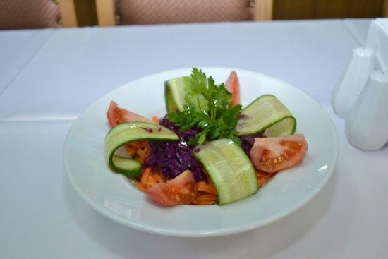 Buhara Ocakbasi Restaurant: yeşil salata